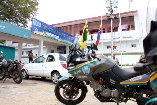 Ya son 8 los oficiales detenidos de la PEB implicados en extorsión y enfrentamiento con el GAES