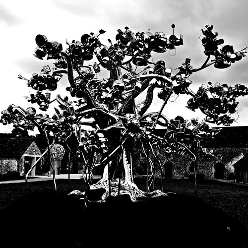 20160920_0538-metal-tree-sculpture | by abelpc_5355