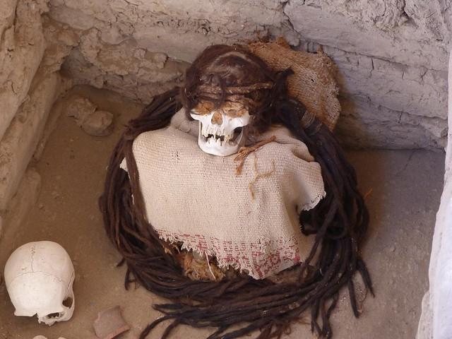 Momia del cementerio de Chauchilla (Nazca)