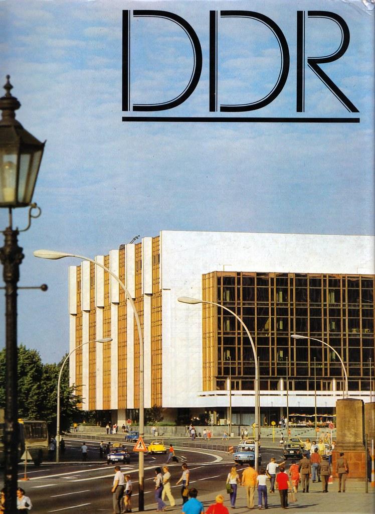 DDR. Palast der Republik. Palais de la République, Berlin ...