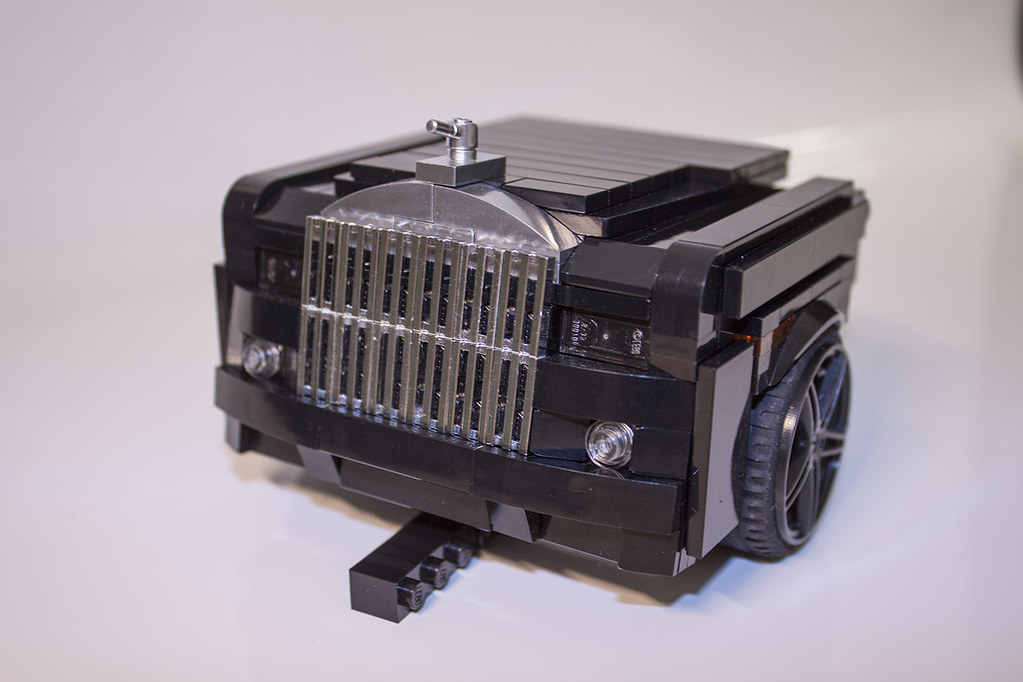 Royce Royce >> LEGO Rolls Royce Phantom - Under Construction! | 12 studs de… | Ewald Straßmann | Flickr