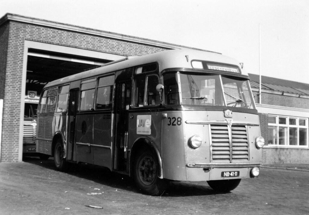 Auto Garage Rotterdam : Ret bus rotterdam ret rotterdam saurer bus garage flickr