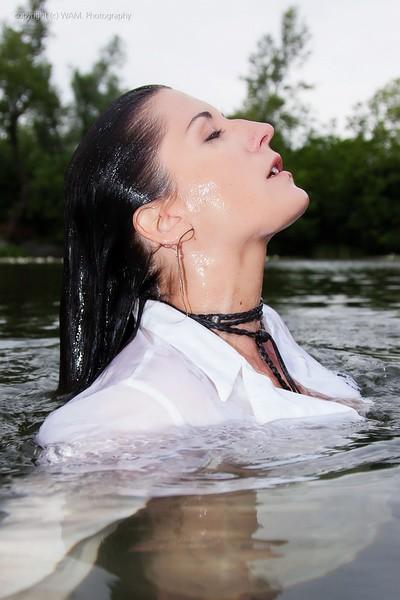 2 Girls Have Some Splashing Fun In The Lake  Get The Full -9831