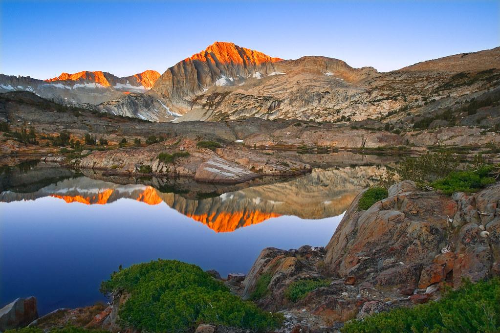 Sierra Wilderness Sunrise North Peak And Shamrock Lake