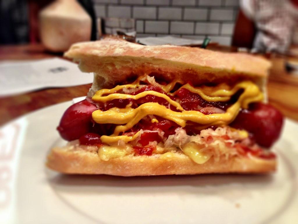Kransky Hot Dog