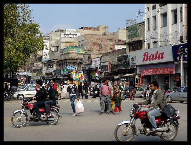 Anarkali bazar lahore punjab flickr photo sharing for Bano bazar anarkali lahore