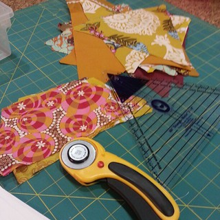Spent the evening cutting gold/brown fabrics for patchwork prism quilt | by Jenniffier