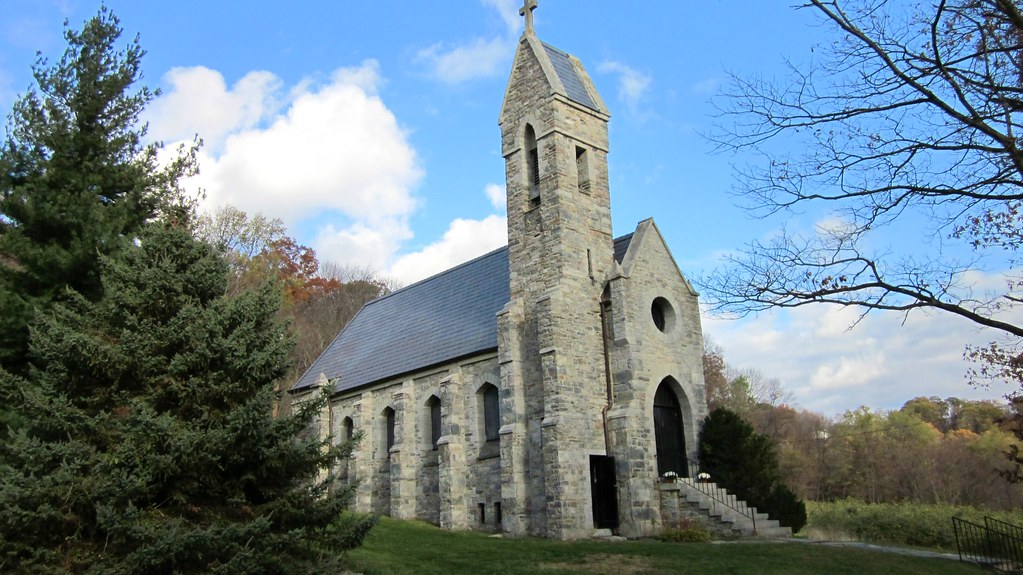 Dahlgren chapel is located at the summit of turners gap in western maryland between middletown and boonsboro