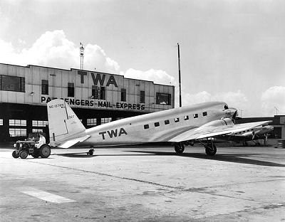 Chicago Municipal Airport - TWA - DC2 | by twa1049g
