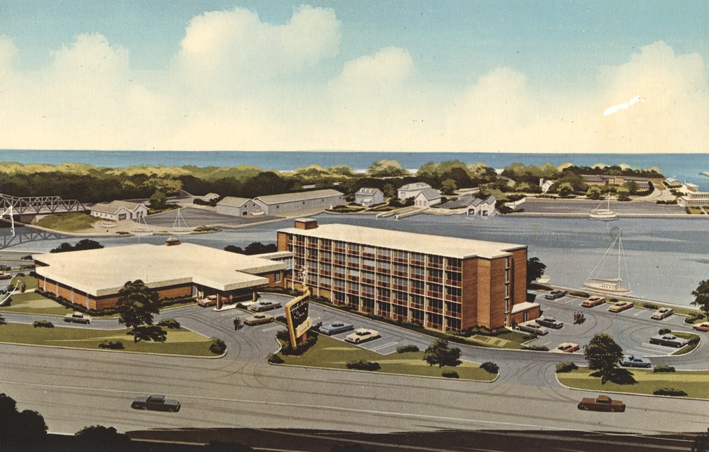 Holiday Inn - Kenosha, Wisconsin