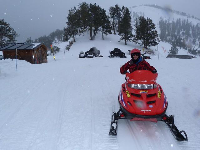 Sele en moto de nieve en Andorra