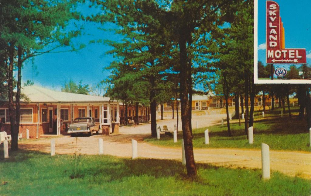 Skyland Motel - Cornelia, Georgia