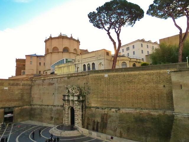 pope trump vatican wall