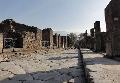 Roman Street in Pompeii | by Simon Chilton