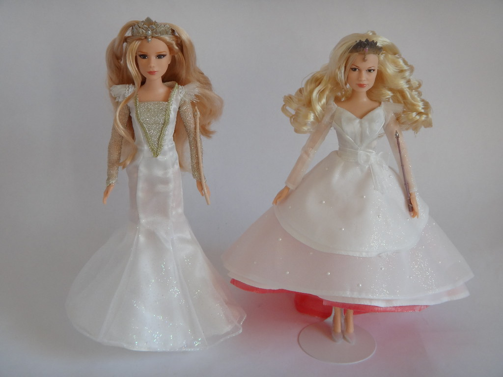Comparing Glinda (Good Witch of the South) Dolls - Tollyto ...