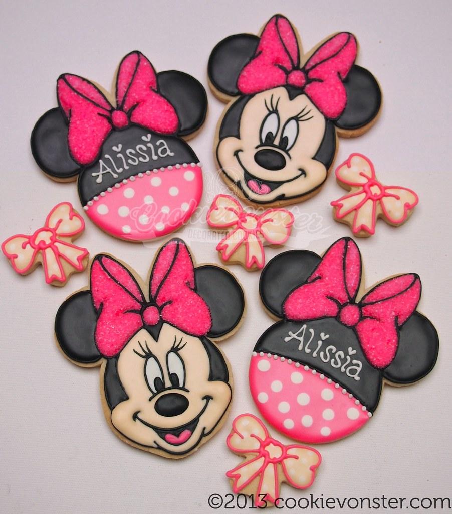 Mickey And Minnie Cake Pan