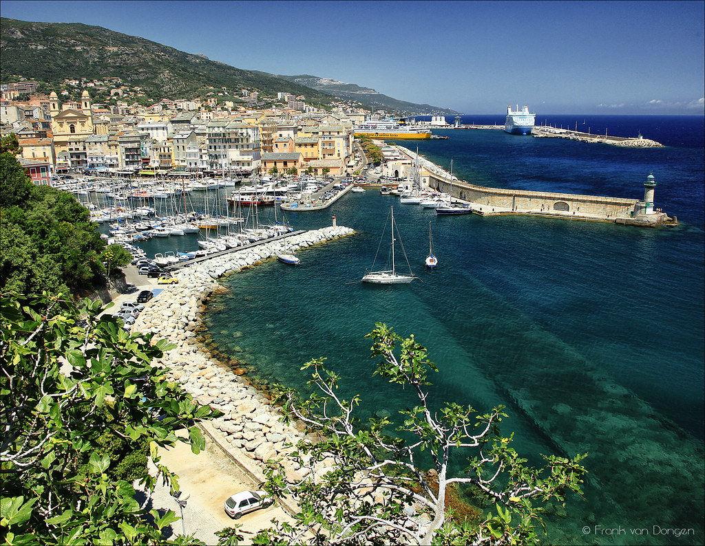 Sea Tunnel Beneath The Old Port In Bastia Tunnel Du Vieux Flickr