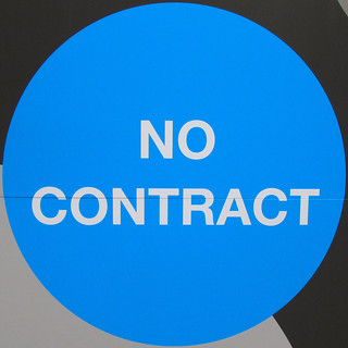 NO CONTRACT | by Leo Reynolds