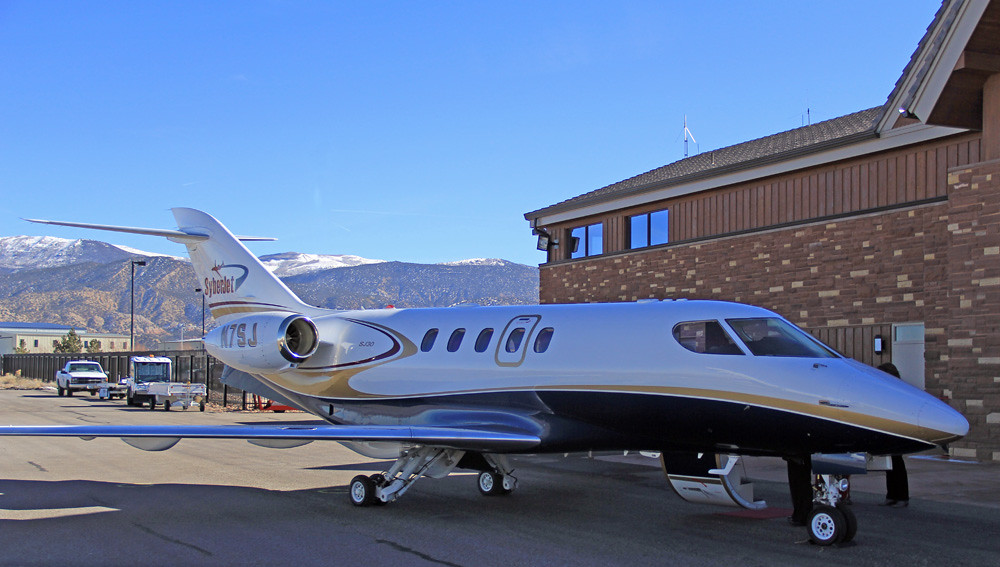 what airlines fly to cedar city ut