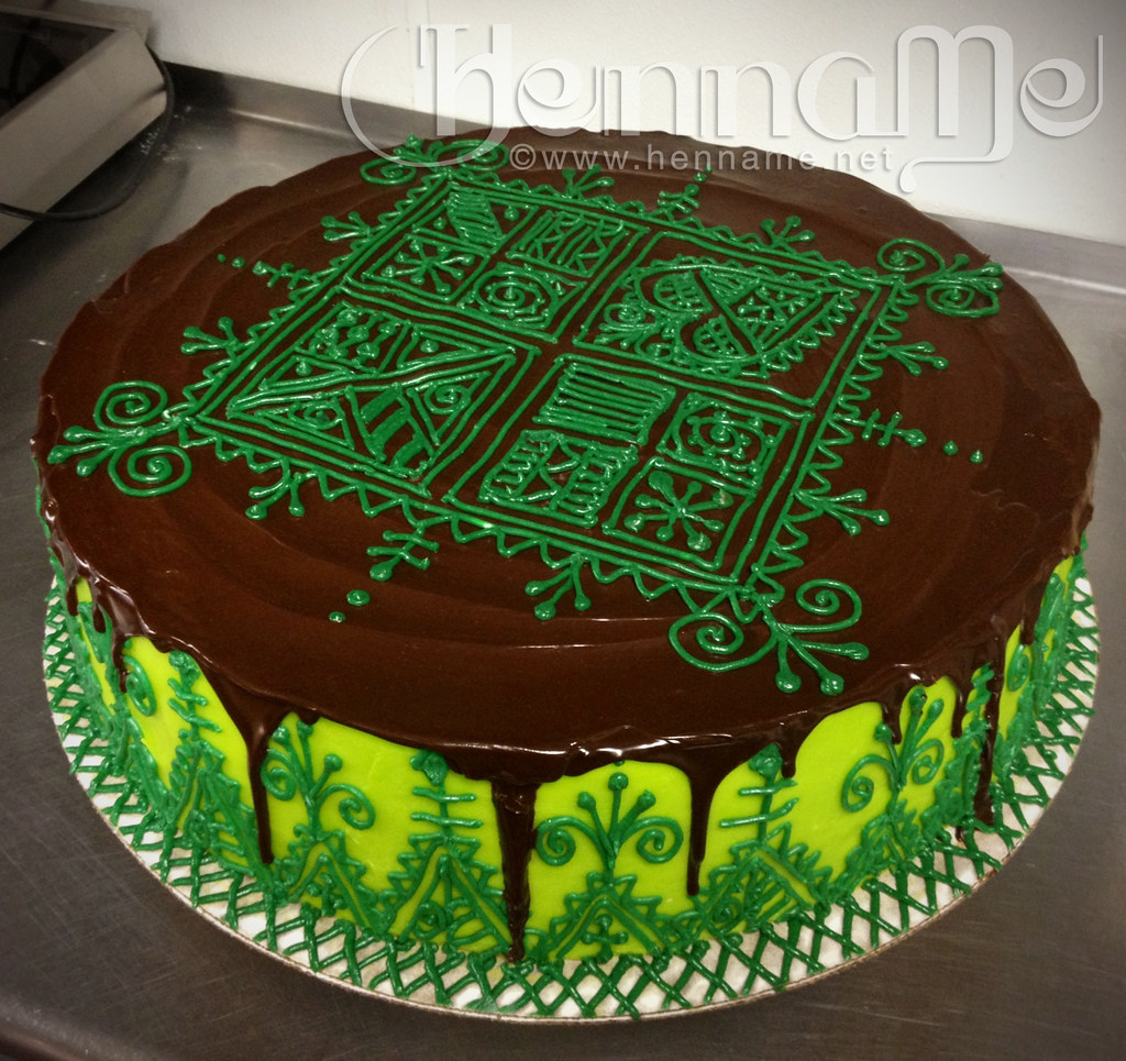 Moroccan Henna Cake Dark Chocolate Cake With Custard Fil Flickr