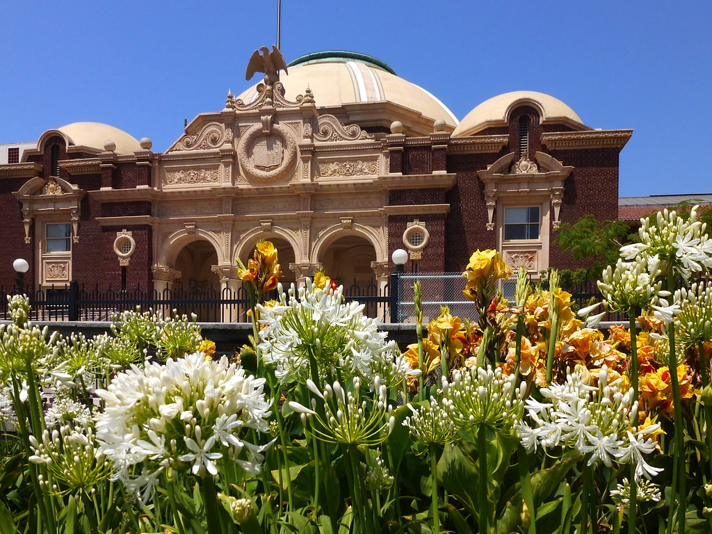 Los Angeles, CA Exposition Park ~ Museum of Natural Histor…   Flickr