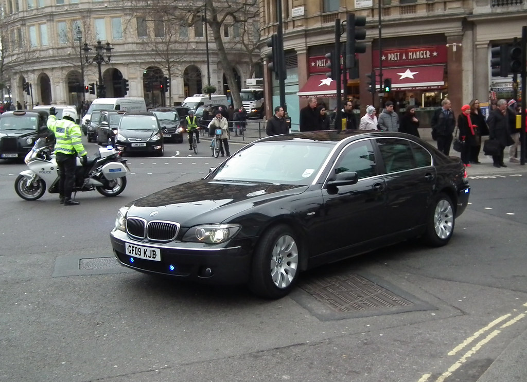 Met Police SEG Convoy Unmarked BMW Li Being Escor Flickr - 2009 bmw 745