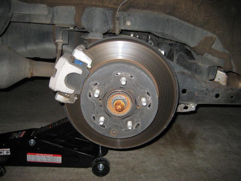 Brake Pad Replacement : Toyota rav rear brake rotor bracket caliper rep