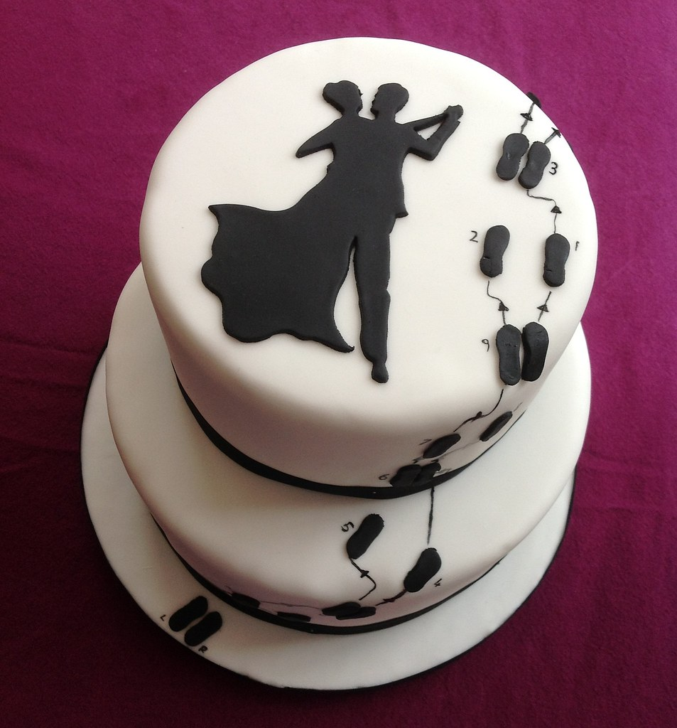 Dancing Wedding Cakes