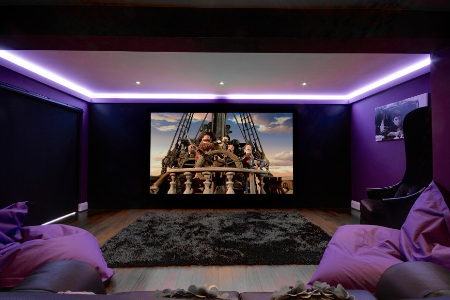 Family cinema room artcoustic 5 1 speakers screen for House with home theater for sale