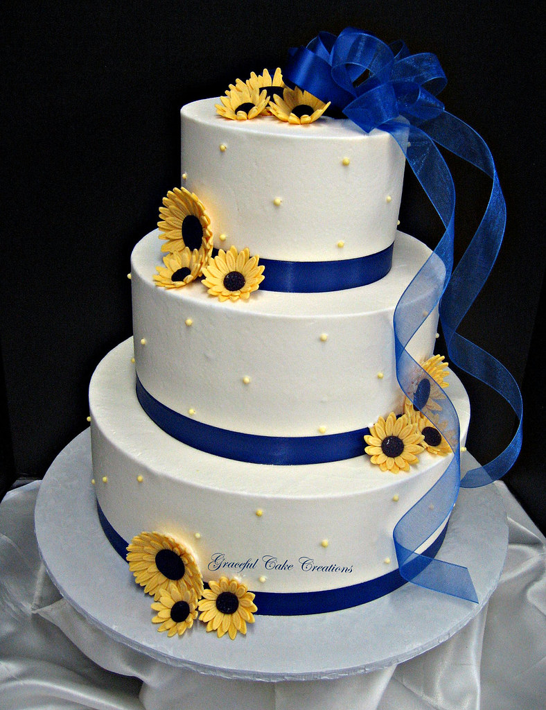 Royal Blue Cake Images : Elegant White Buttercream Wedding Cake with Royal Blue Rib ...