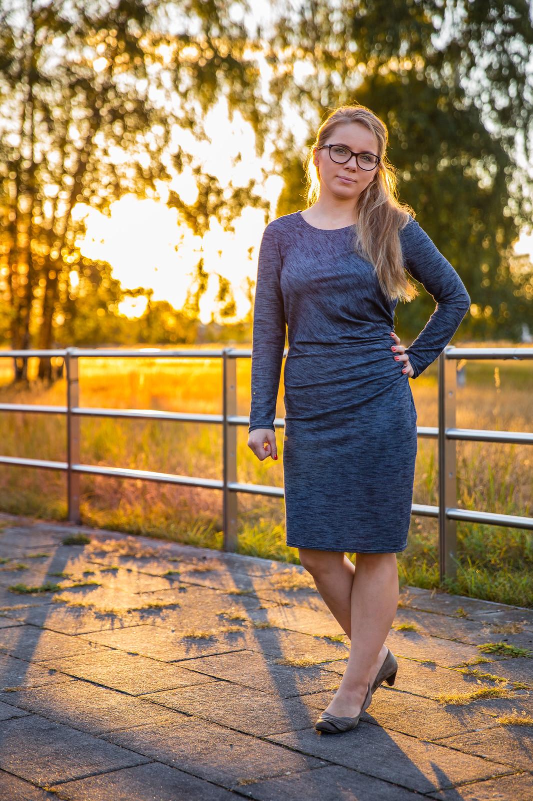 Sukienka 124 Burda 2/2015