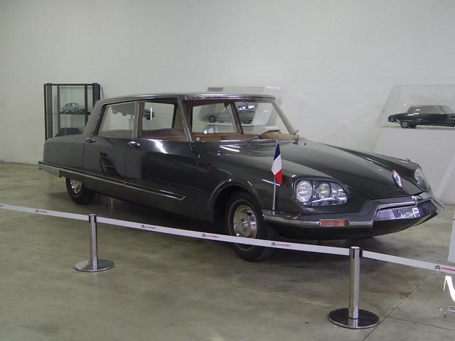 Citroen Aulnay Sous Bois - Citro u00ebn DS 21 présidentielle du Général de Gaulle transformée par Henri Chapron de 1968 1 PR 75