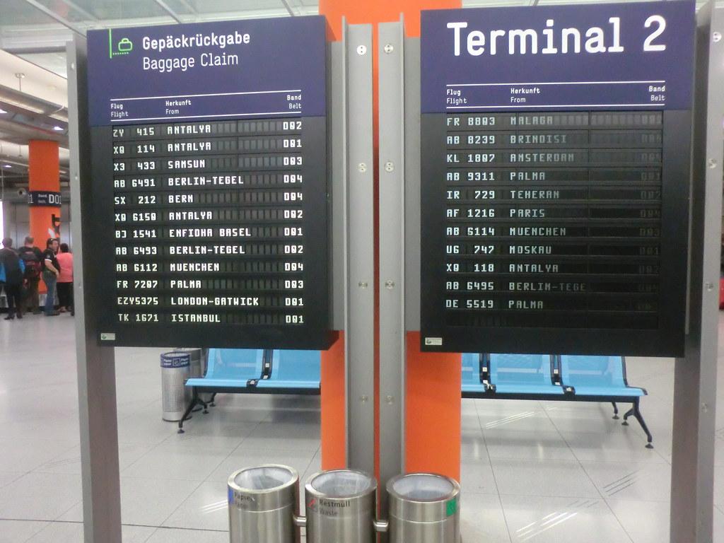 Flughafen K U00f6ln  Bonn Ankunft 2 35 Von Antalya T U00fcrkei Die Ge