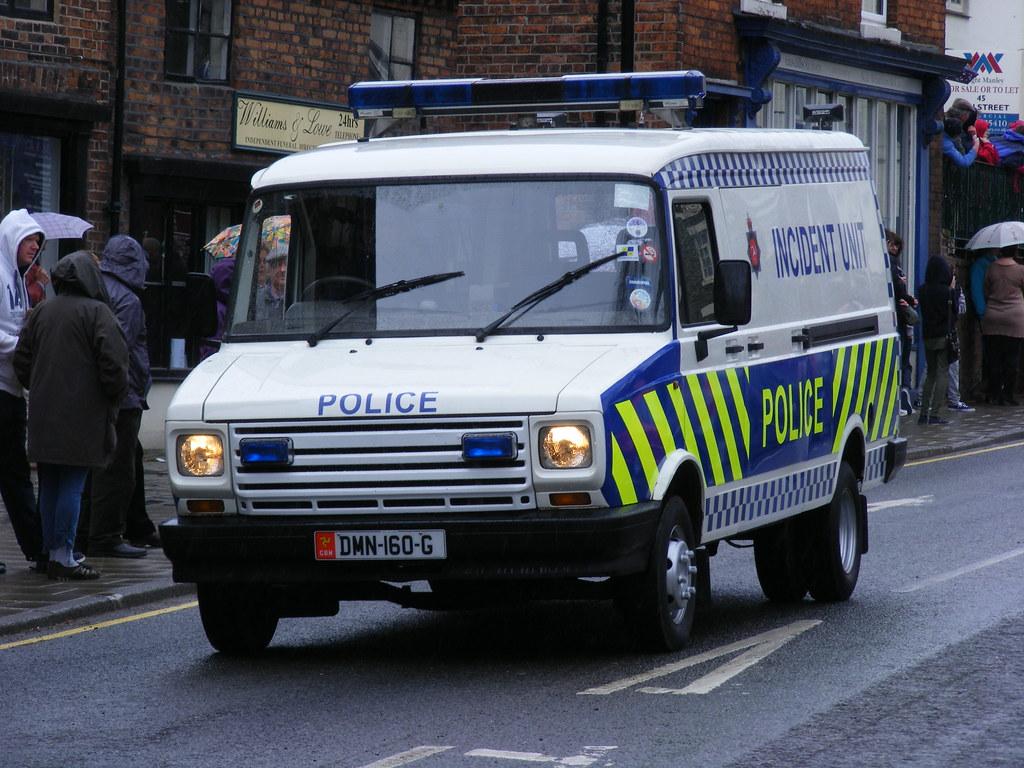 ... 2296 - Isle of Man Police - LDV - DMN-160-G - DSCF7576