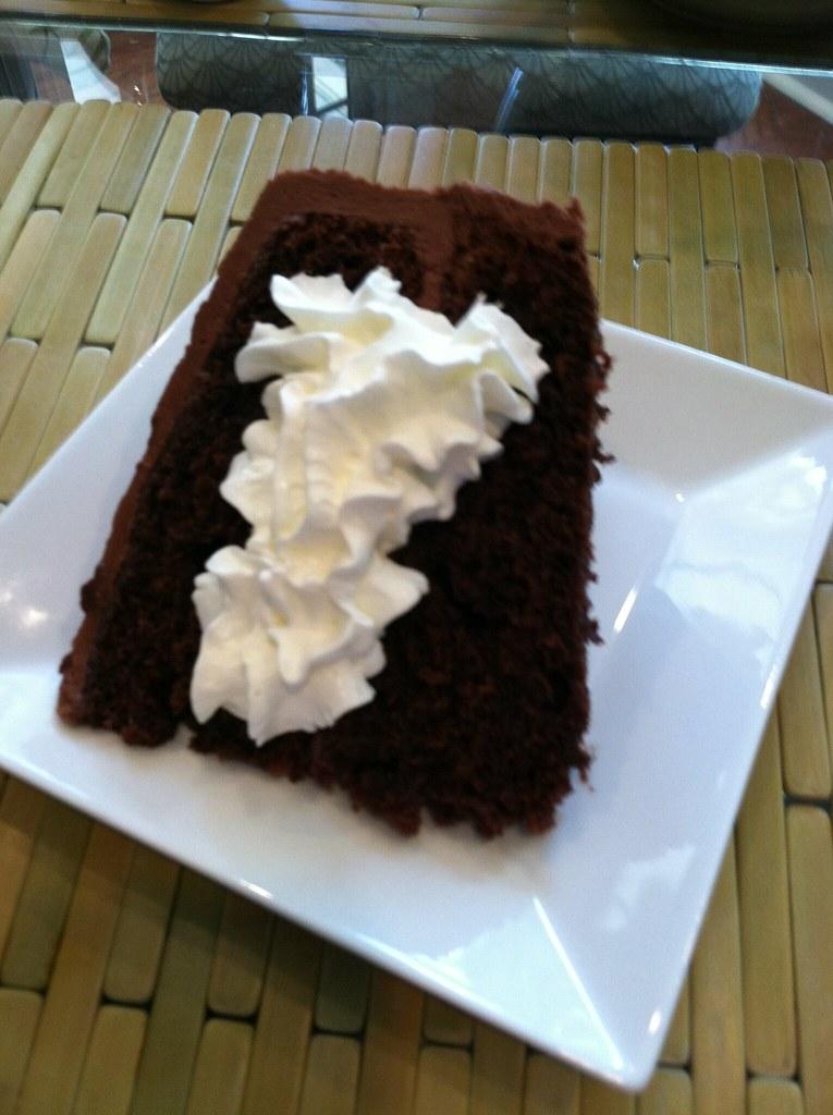 Nola B Cake Stands