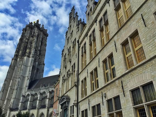 Torre de San Romualdo (Malinas-Mechelen) en Flandes
