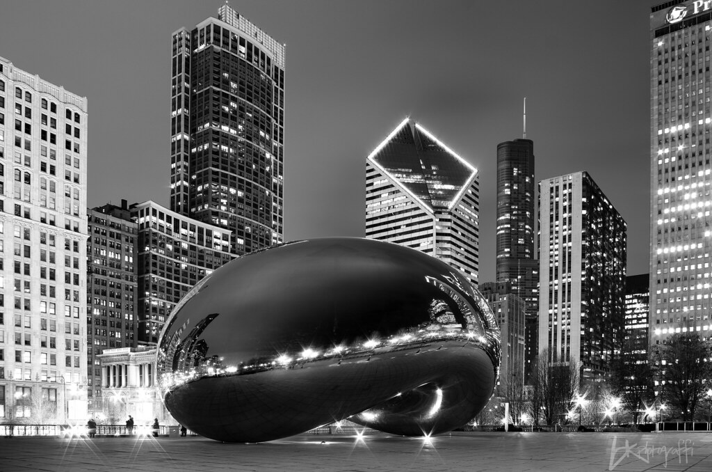 The Magical Bean Cloud Gate In Chicago Illinois This