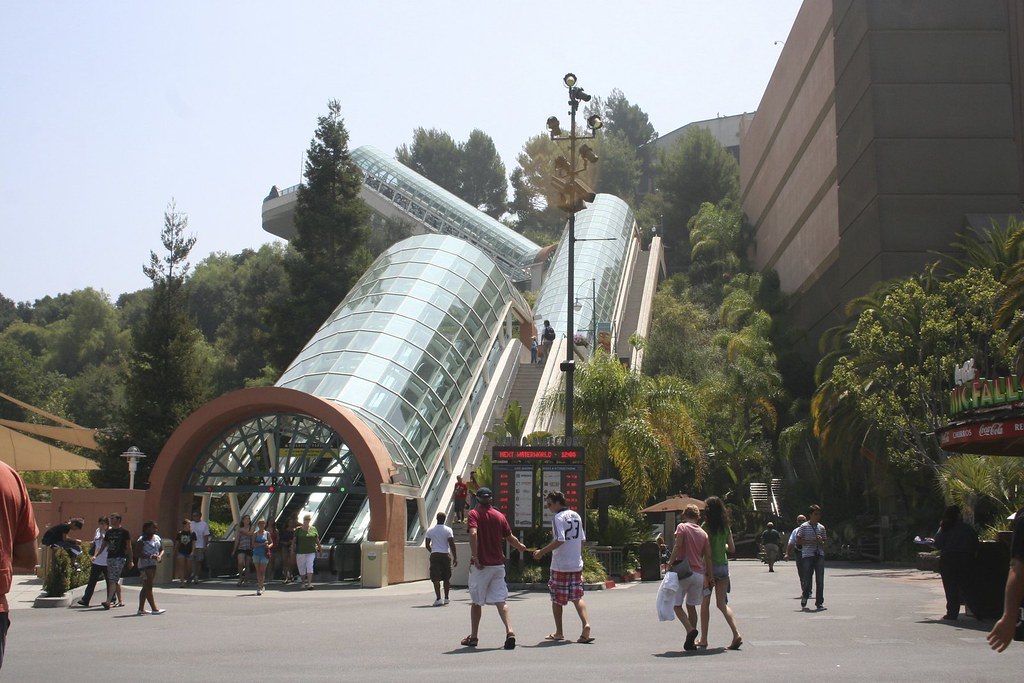 Universal Studios California These Escalators Are Quite