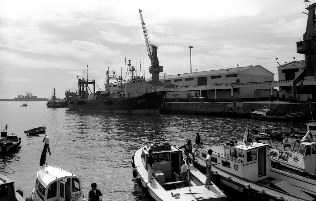 Puerto de Valparaíso [neg-ByN]