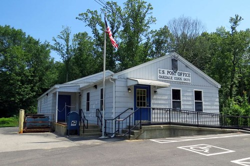 Oakdale, CT post office | by PMCC Post Office Photos