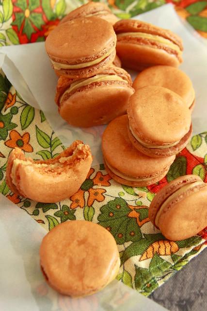 Ginger Macarons
