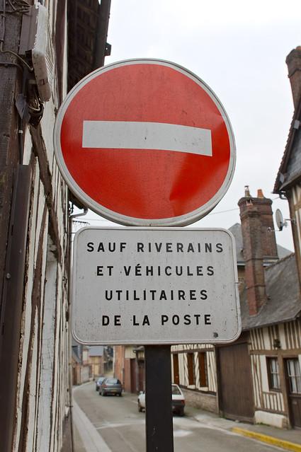 Sens interdit panneau sens interdit sauf riverains et - Panneau sens interdit ...