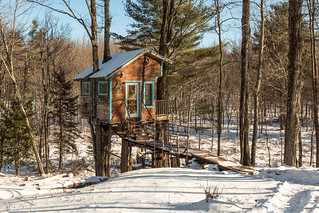 The Tiny Fern Forest Treehouse - Lincoln, VT - 2013, Feb - 05.jpg | by sebastien.barre