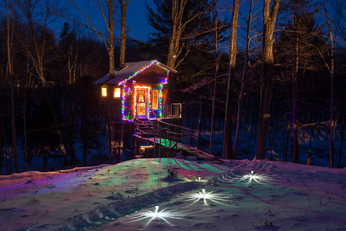 The Tiny Fern Forest Treehouse - Lincoln, VT - 2013, Feb - 01.jpg | by sebastien.barre