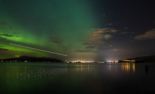 Airplane approach with Aurora