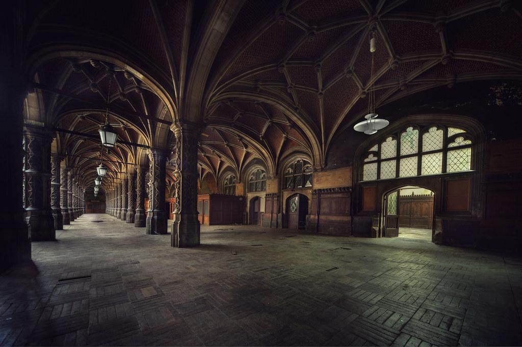 Abandoned chambre du commerce explore andre govia - Chambre du commerce chambery ...