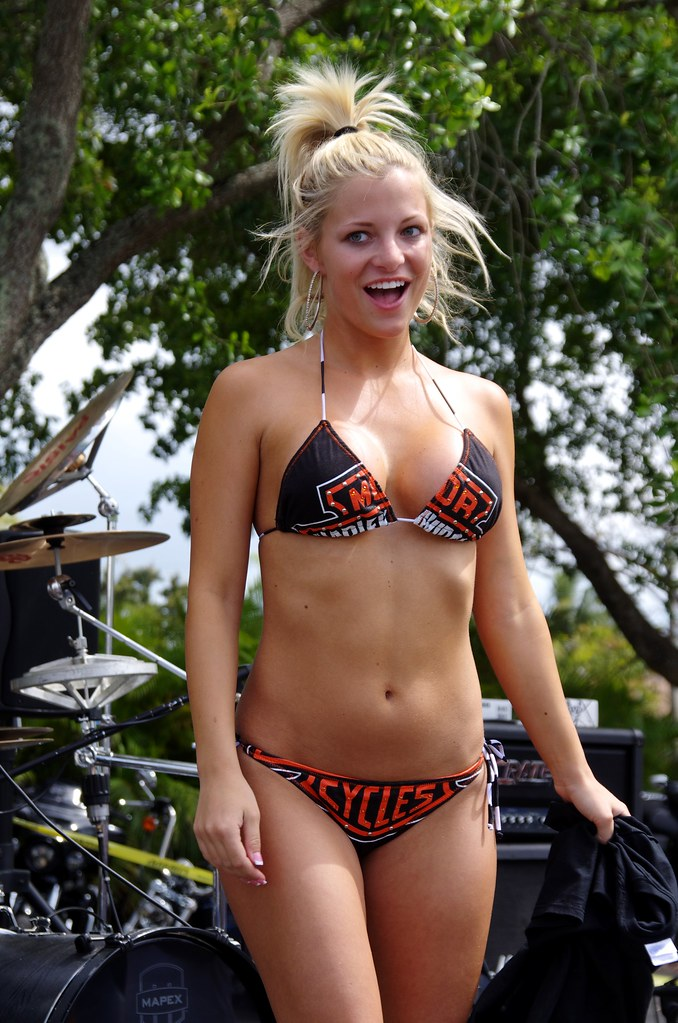 Betty Bangs Builds A Banging Bikini Is There A Better