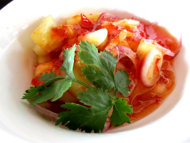 Flavours Thai Kitchen tod mun pla, special dip