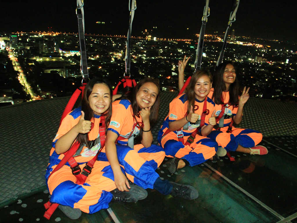 Sky Walk Extreme: Sky Experience Adventure at Crown Regency Cebu - Wandering Ella
