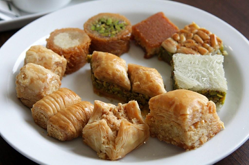 Lebanon Whits Cake